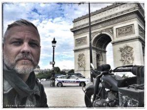 Kranzniederlegung Paris